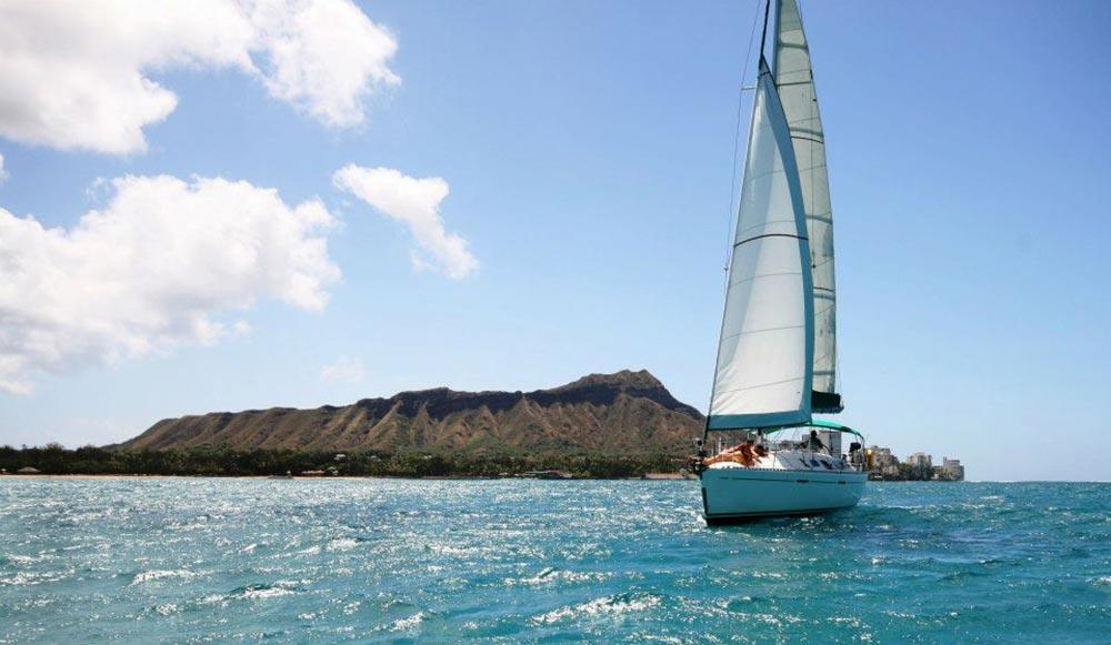 Sailing charter and diamond head waikiki