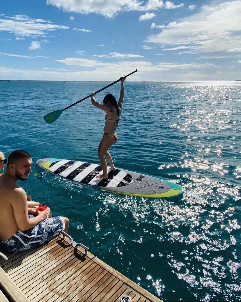 paddle boarding in honolulu