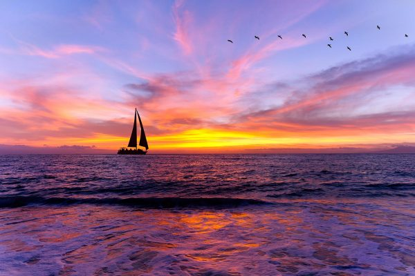 Sailing yacht at sunset dinner cruise oahu